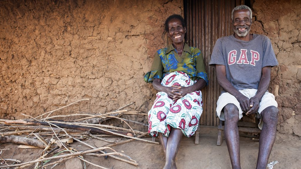 Nazondani and her husband Fanta, who both had eye surgery.
