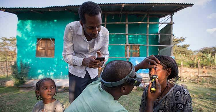 A patient being examined for trachoma