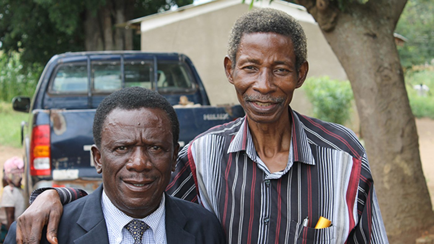 Frakson with cataract and TT surgeon Mr Limwanya.
