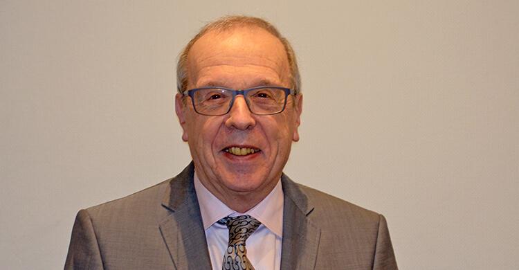 Dr Robert Chappell