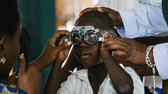 7-year-old Johnson is tested for refractive error.