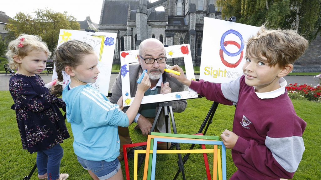Junior Painter judge PJ Lynch meets budding young artists.