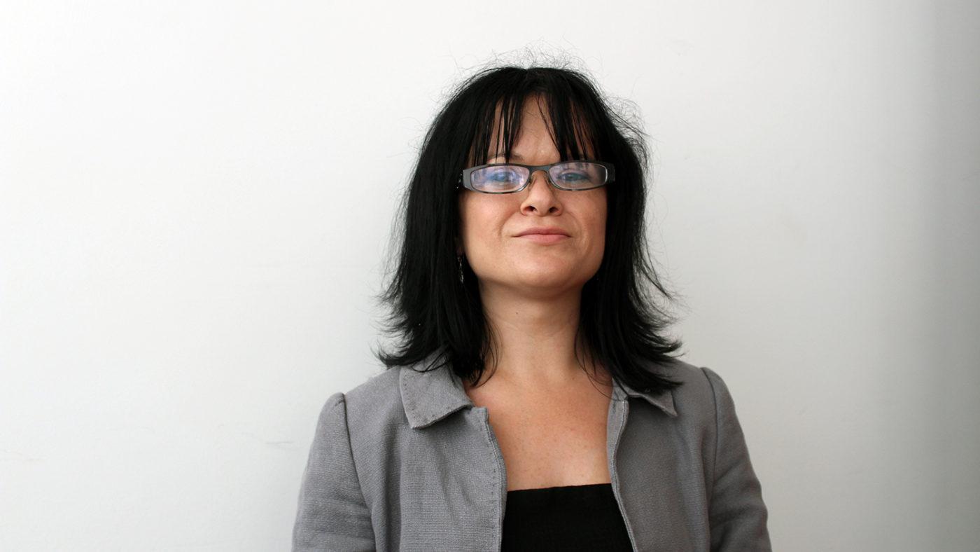 A portrait of Erin Pritchard.