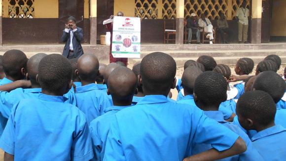 Teaching communities how they can be protected from trachoma.